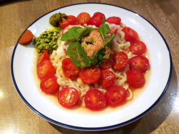 北海道遠別町竹之内さんのマイコトマトの冷麺